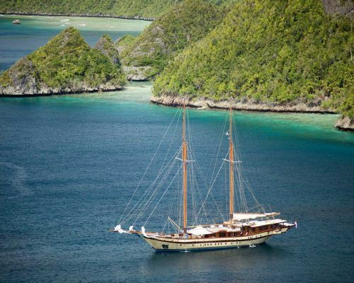 By The Cabin Charter around Komodo possible on SY LAMIMA this Summer.