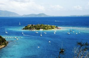 6 Great All-Inclusive Charter Catamarans in the BVI