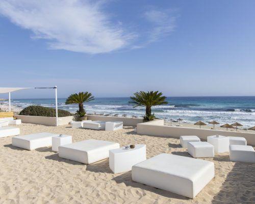 Beach Bars & Restaurants in Formentera: The Yacht Charter Guide
